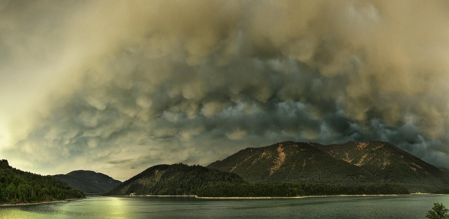 Mammatus-Wolken