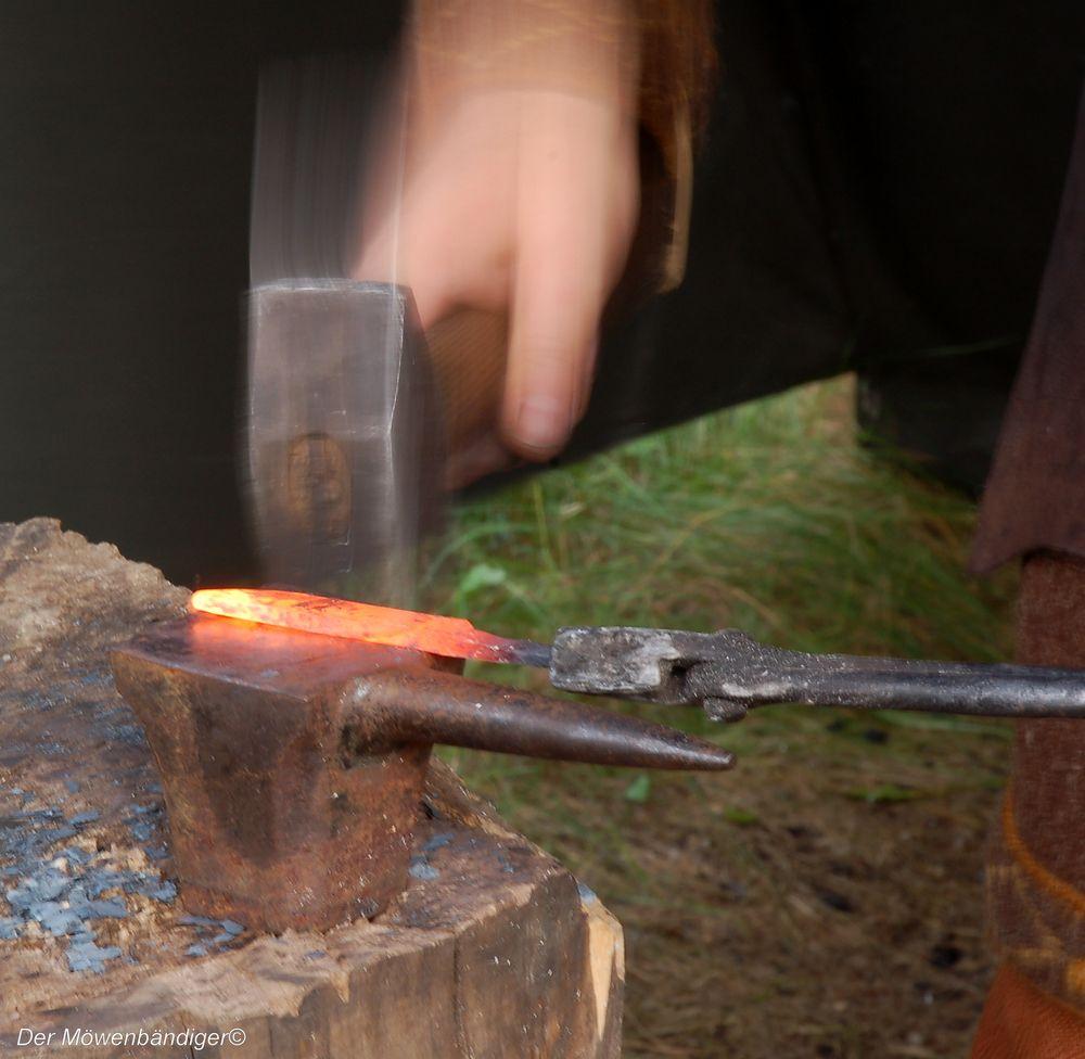 Man muss das Eisen schmieden solange es heiss ist