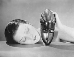 Man Ray - Kiki con maschera africana