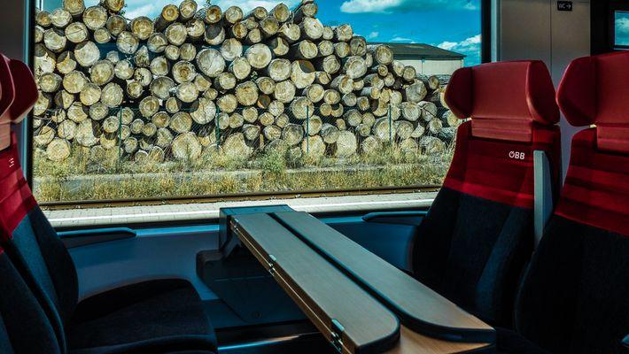 march donauland bilder fotos. Black Bedroom Furniture Sets. Home Design Ideas