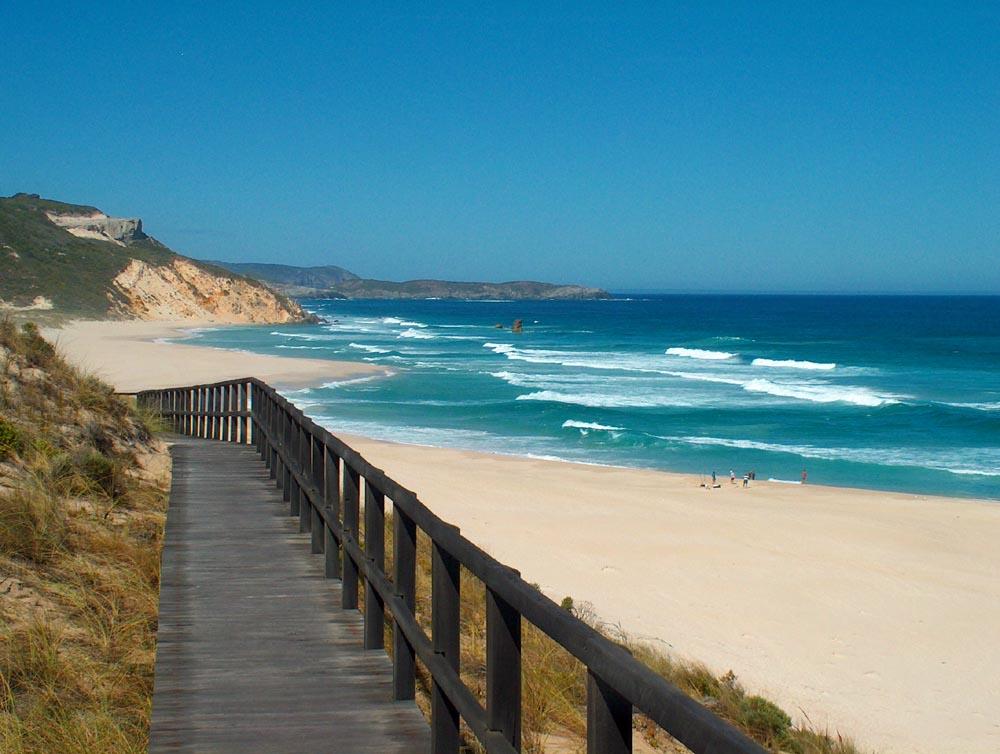 Mandlay Beach
