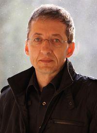 Manfred E. Maurer