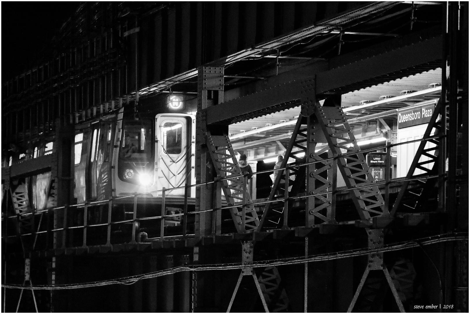 Manhattan-bound N Train Arrives Queensboro Plaza
