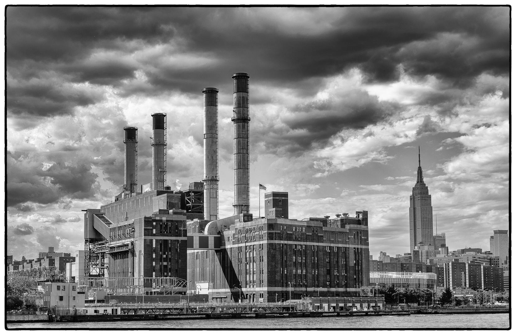 Manhattan - Con Edison Powerplant