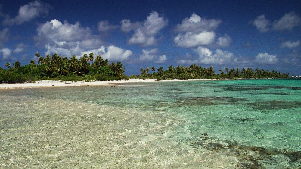 MANIHI ATOLL POLYNESIIA