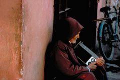 Mann mit Radio, Marrakech