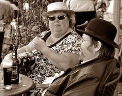 Mann und Frau mit Hut