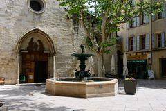 Manosque - Place Saint-Sauveur
