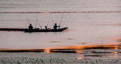 Mantova 2009 - pescatori al tramonto