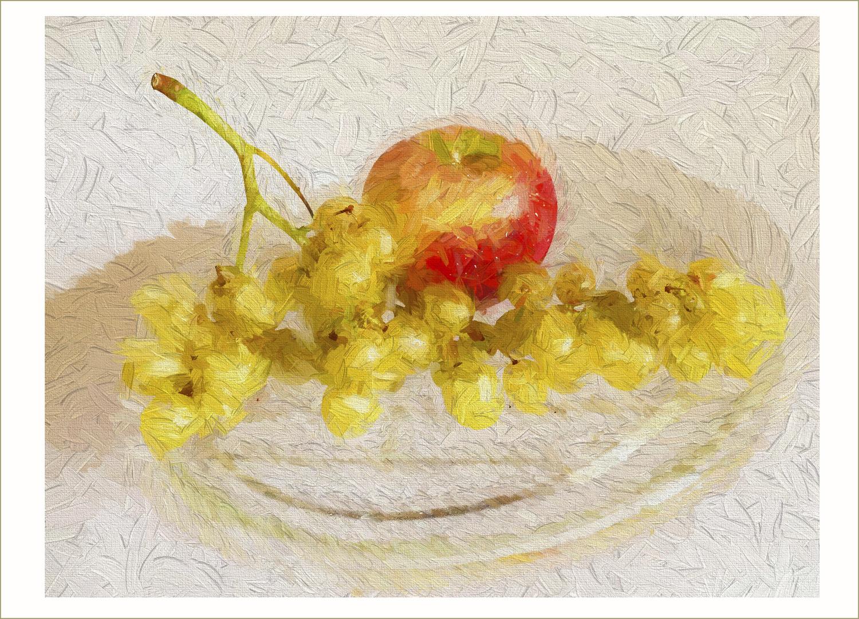 Manzana y uvitas