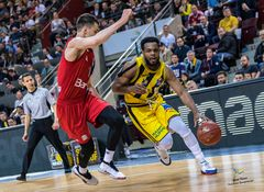 Marcos Knight, 16 Punkte, 7 Rebounds, 6 Assists