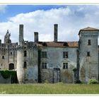Mareuil.... une autre vue du château