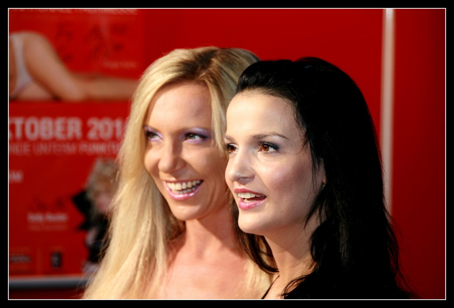 Maria Mia und Sharon da Vale Foto & Bild   erwachsene