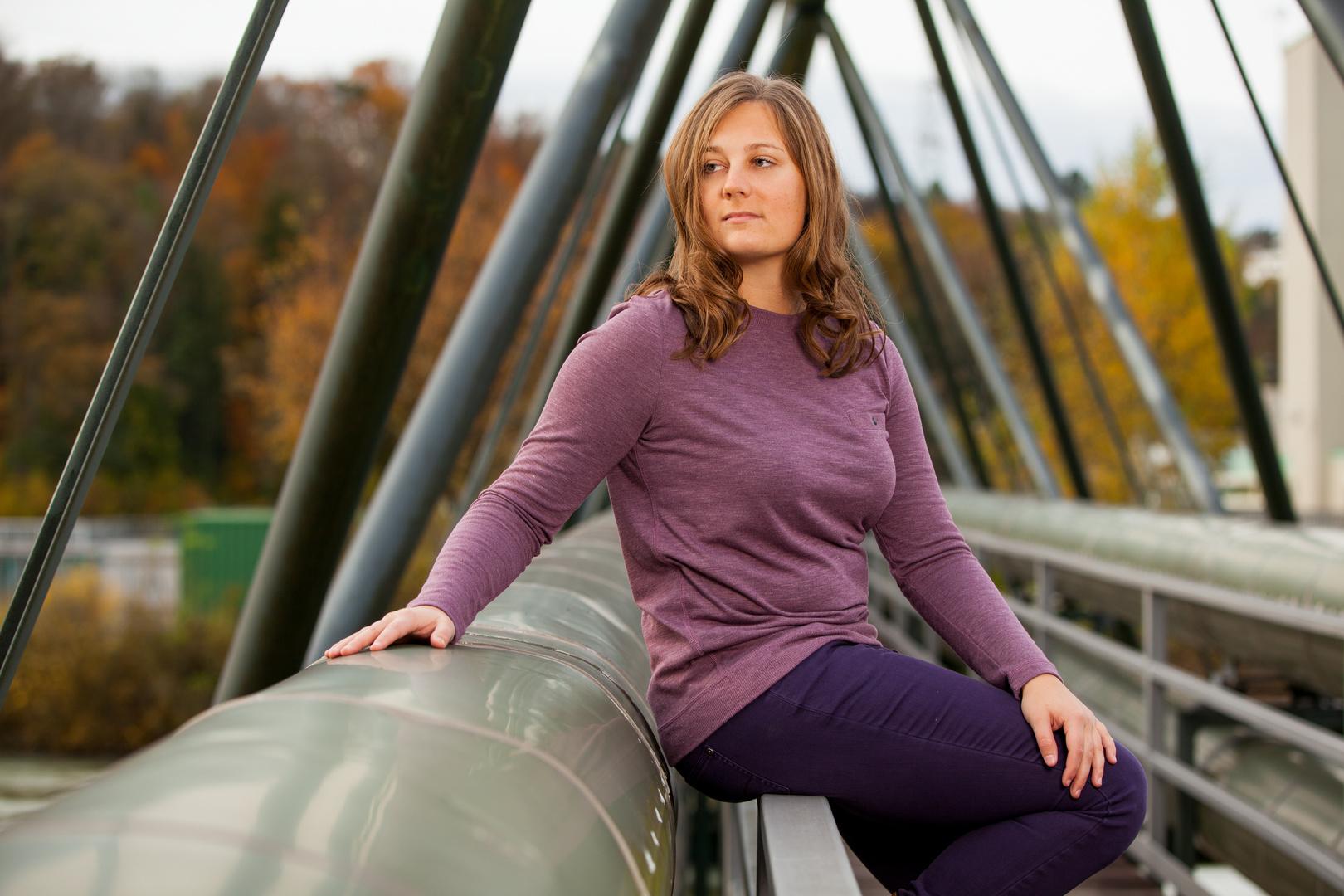 Marie auf der Brücke