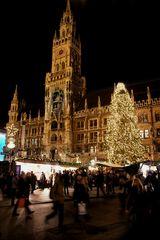 Marienplatz mit Rathaus, München