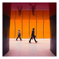Marienplatz U-Bahn *** orange passage ***