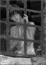 Marika in der Ruine.....