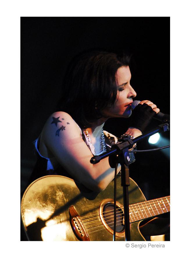 Marina Lima Singer