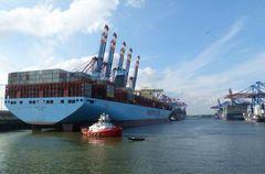 Marit Maersk kurz vorm Ablegen
