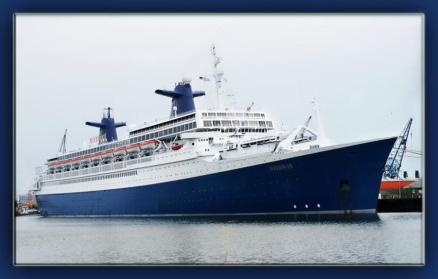 maritim und  blue....