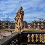 Markanten Statue wacht über den Zwinger