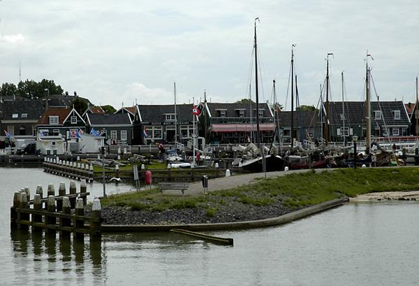 Marken - Hafeneinfahrt