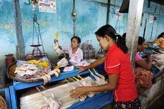 Market in Nyaung-U 1
