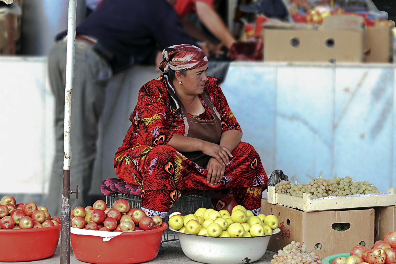 Marktfrau in Samarkand