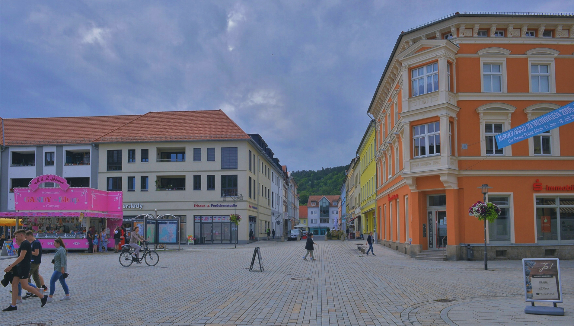 Marktplatz in Meiningen, 2 (la plaza mayor en Meiningen, 2)