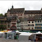 ... Markttag im Regen ...