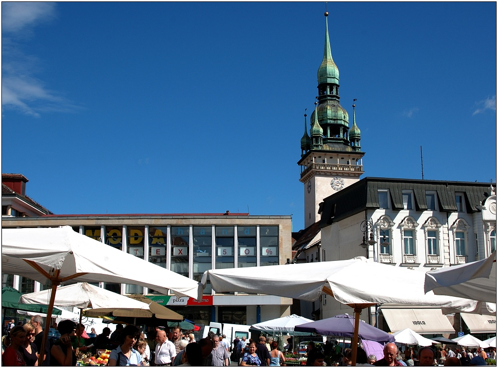 ... Markttag in Brno ...