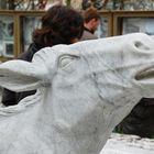 Marmor-Skulptur: Rind