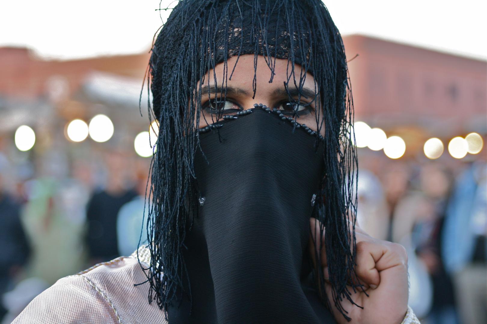 Marokkanischer Transvestit...
