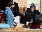 Marokko - Straßenverkauf auf dem Weg nach Erfoud