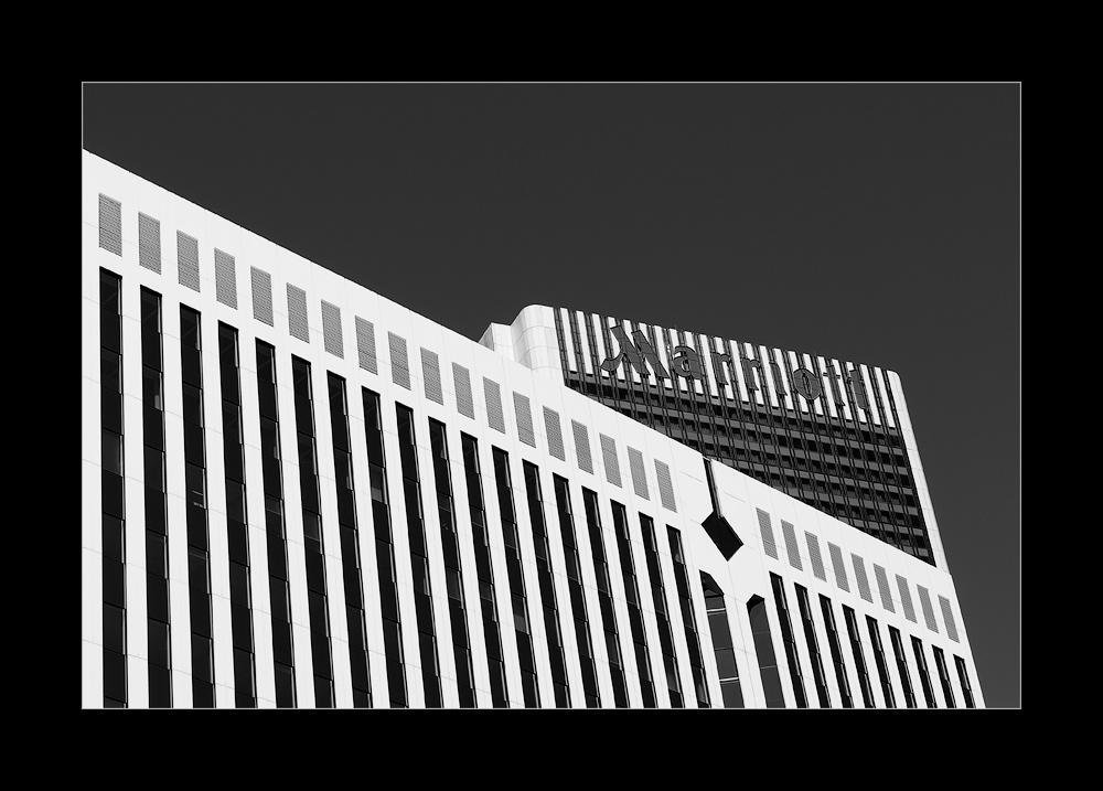 [ Marriott ]