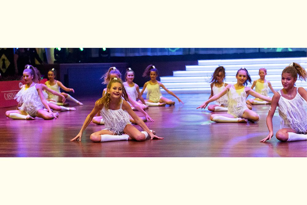 """""""Marsupilami"""" Junioren Weltmeister-Formation 2014 im Jazz-Dance (1)"""