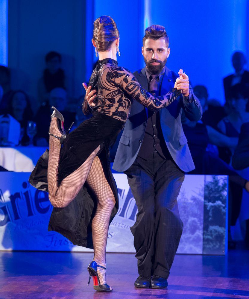 Martina Waldmann&Jose Fernandez beim Tango Argentino