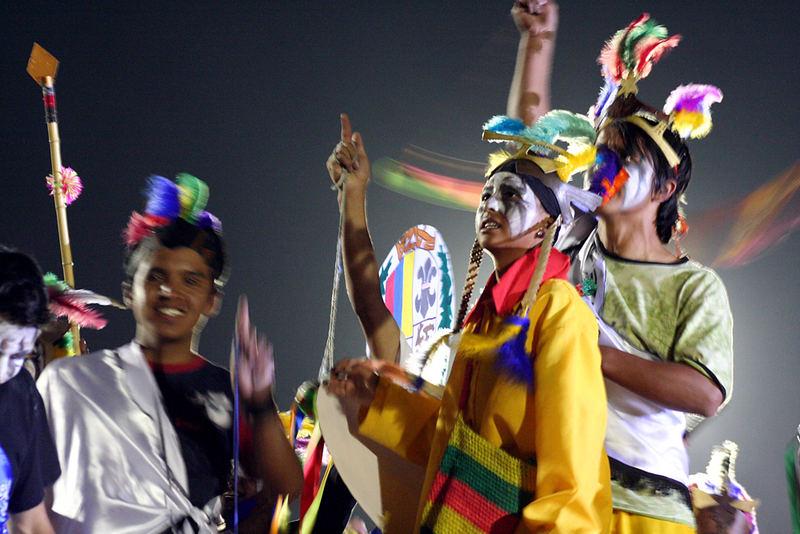 Mas del Carnaval de Negros y Blancos
