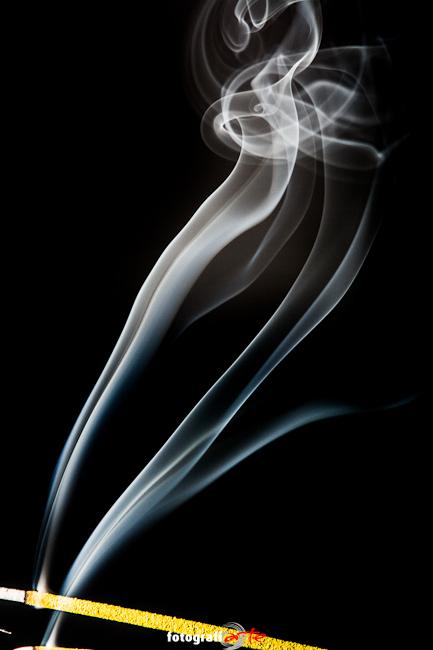 más humo...