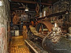 Maschinensaal in einer alten Gesenkschmiede