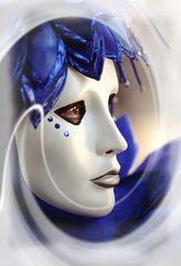 Maske in Blau