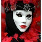 - Maske in ROT -