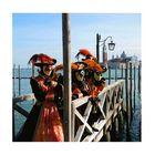 Masken-Promenade am Pier des Campo di San Marco