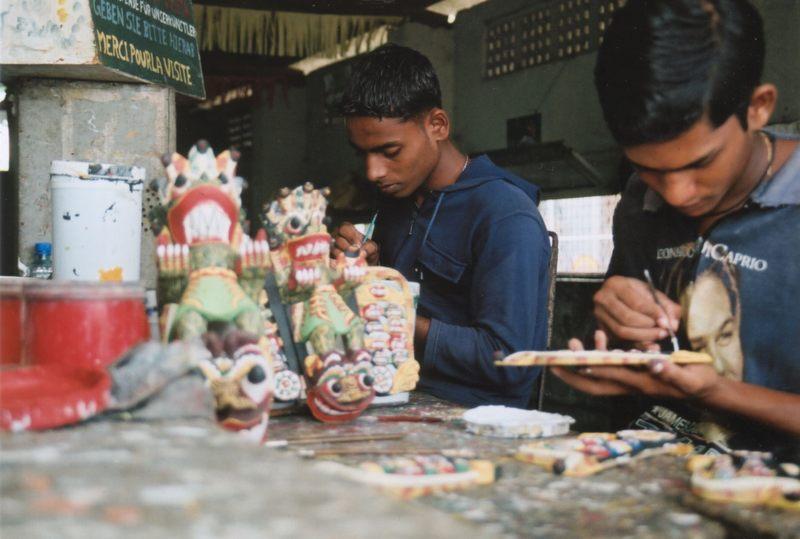 Maskenschnitzerei Sri Lanka 2003