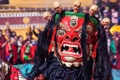 Maskentanz beim Neujahrsfest im Kloster Rebgong