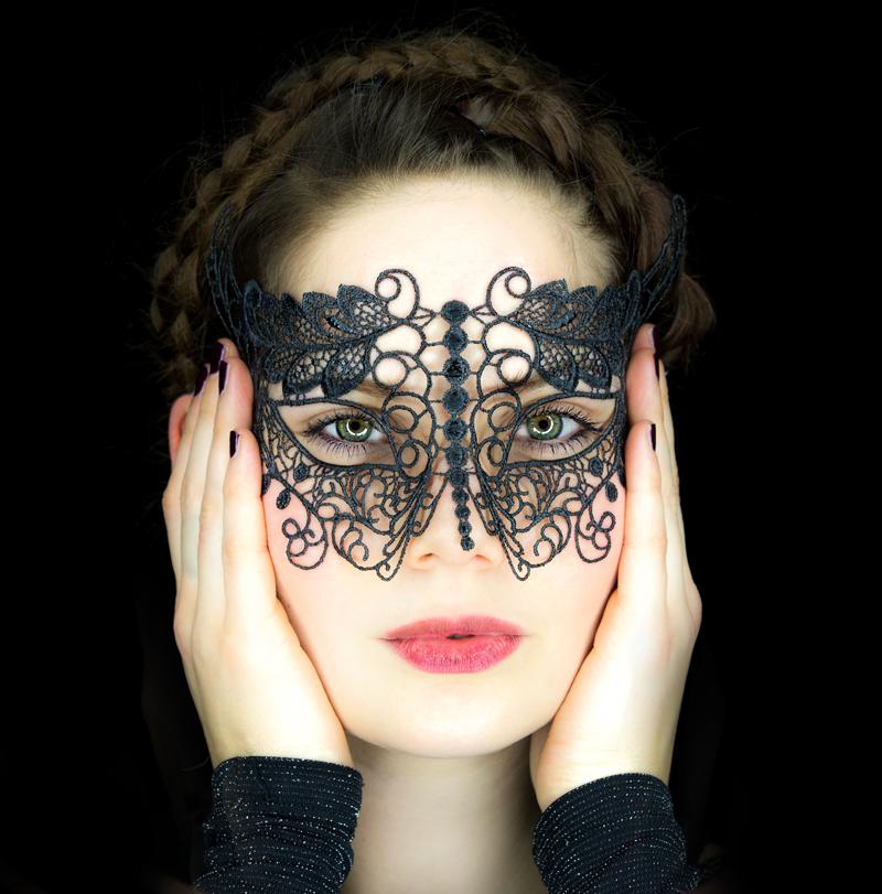 Maskgirl II
