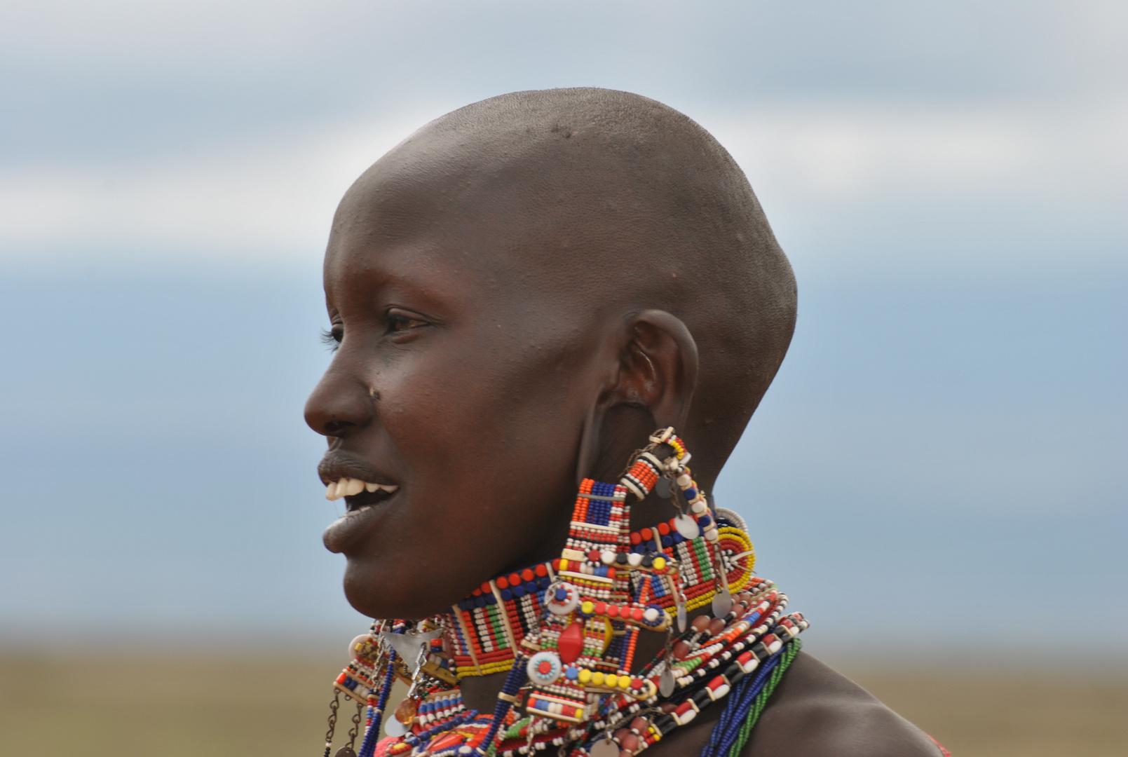 Massai Frau