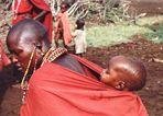 Massai-Frau mit Kind Kenia