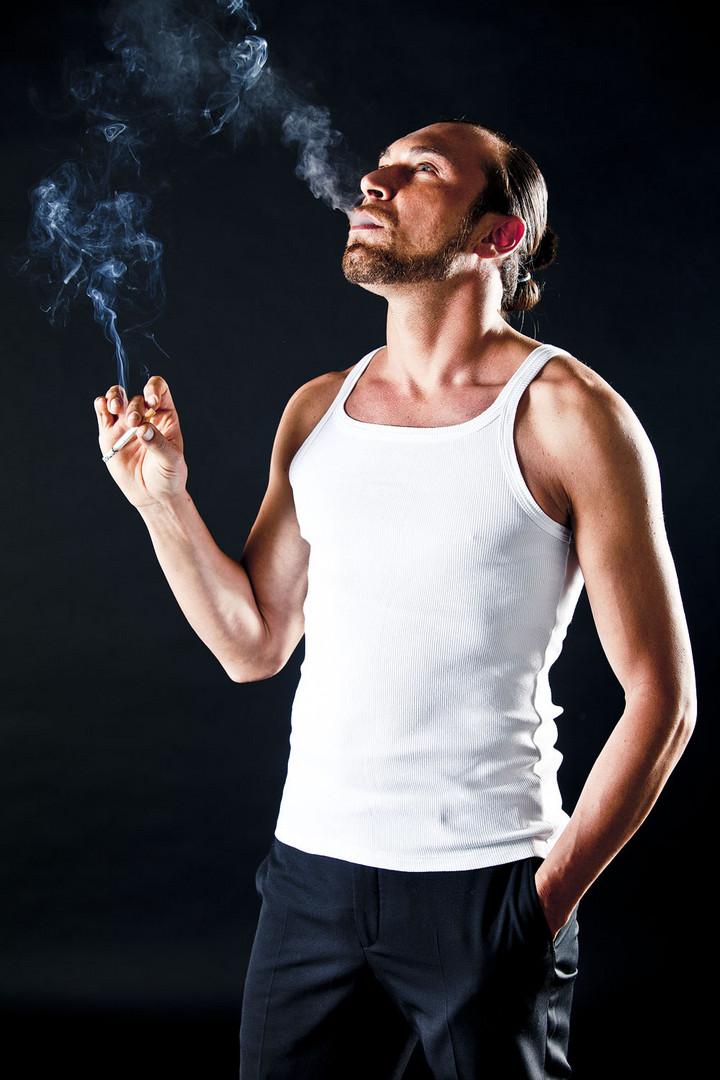 Massimiliano Bassoli smoke