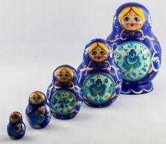 Matrjoschka, frisch aus Moskau eingetroffen mit Familie
